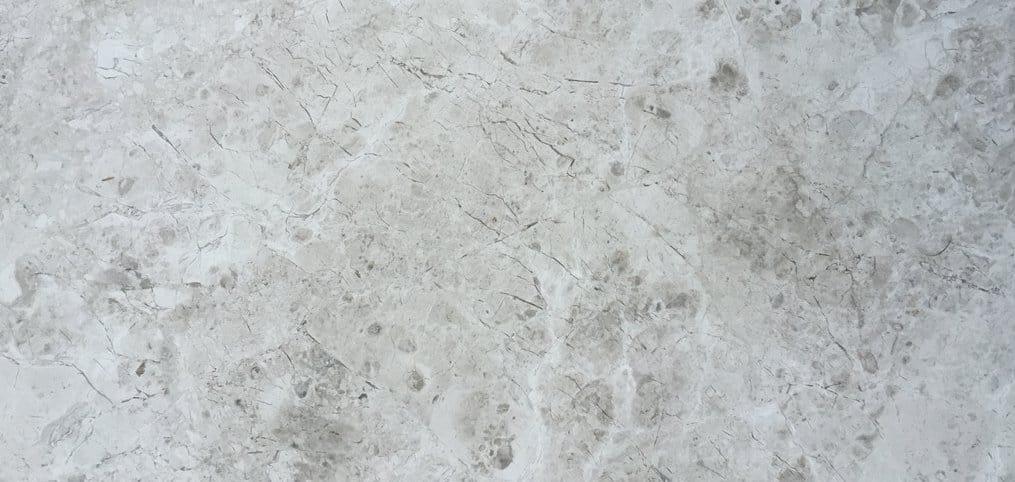 Caliza-gris-turca-plata-silver-fantasy.jpg